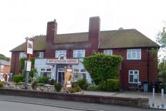 Plans to demolish pub to make way for eight houses
