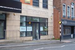 Plans to convert empty retail unit into dentists