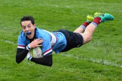 Rugby: Wolves get their season back on track