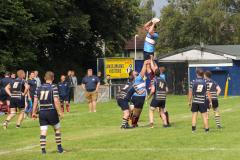 Rugby: Wolves kick off the season with an impressive win