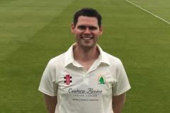 Cricket: Lindow win local derby to stay top