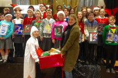 School gives back to the community at Christmastime