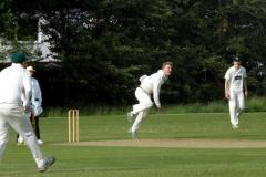 Cricket: Squirrels secure semi-final place