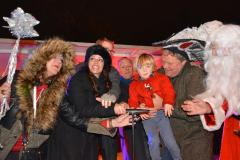 Thousands flock to Wilmslow Christmas lights switch on