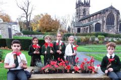 School children and rotarians join forces to remember our fallen