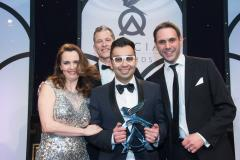 Local optician wins prestigious national award