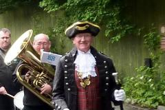 £750 to kit out new town crier