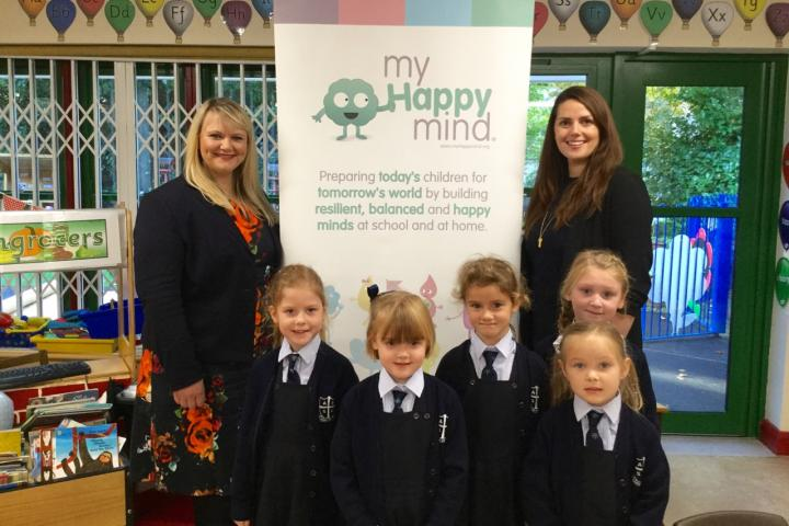 Helen Jeys Headmistress pictured with Laura Earnshaw and Year 1 girls